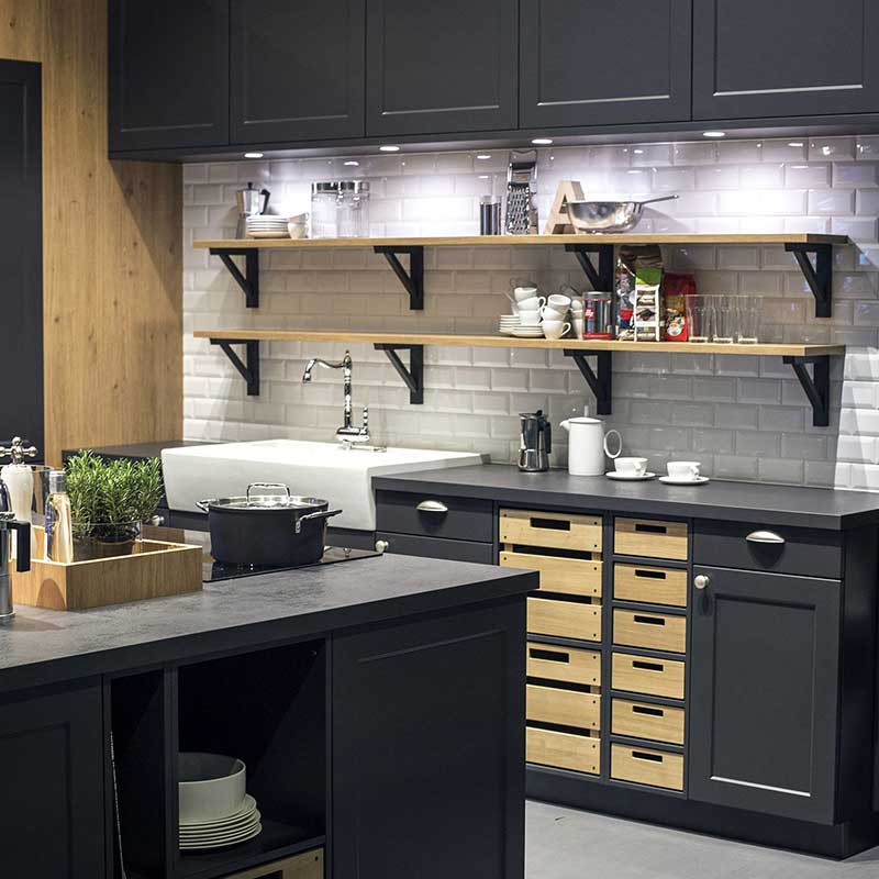 Contemporary and Practical Kitchen Cabinets